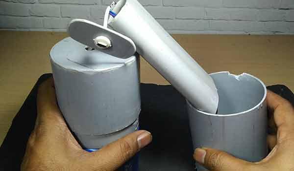 hand-senitizer-machine-assembling-1
